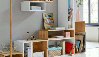 Полки в детскую комнату для книг и игрушек